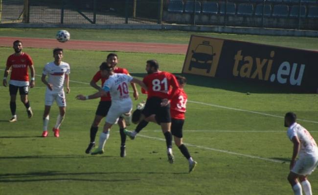 Düzcespor Modafenspor'u 2-0 Mağlup  Etti