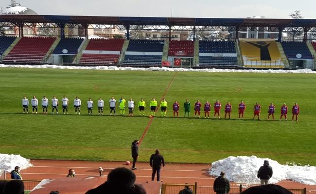 Düzcespor Silivrisporu 3-0 Mağlüp Etti