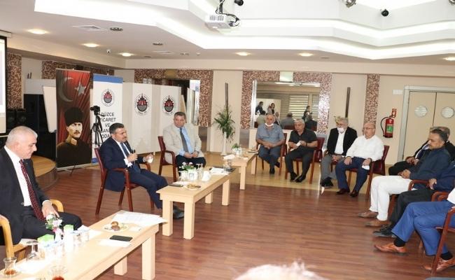 Vali  Cevdet Atay'dan  Düzce TSO'ya İade-i Ziyaret