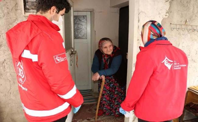 Vefa Sosyal Destek Grubları İhtiyacı Olanın Yanında